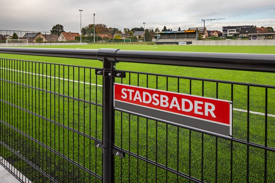 Aanvang kunstgras Rodenbachstadion