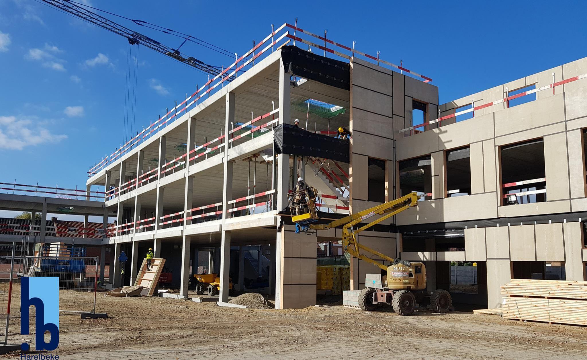 Prefab betonstructuur voor basisschool Stasegem